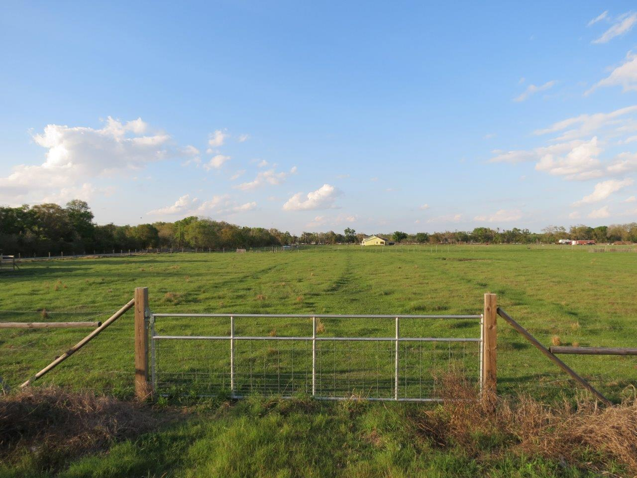 Carlton Lake Road 5 Acre Homesite Farm in Wimauma, FL