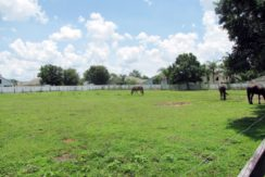07-Country Home 2.4 AC