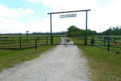 02-Davis Ranch Hardee Co.