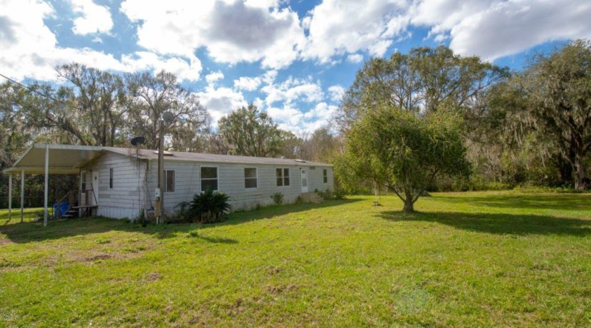 02-CR 672 Mobile Home 10 AC Lithia