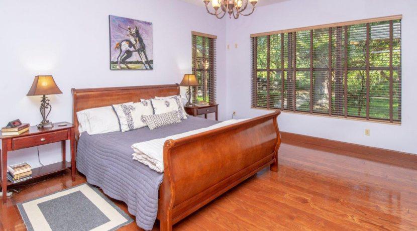 15-Craftsman Style Home 7.5 AC